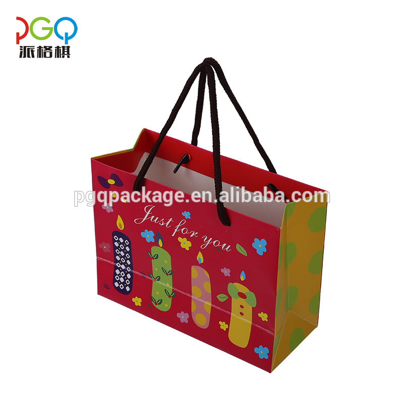 Custom printed recyclable shopping paper bag with handle
